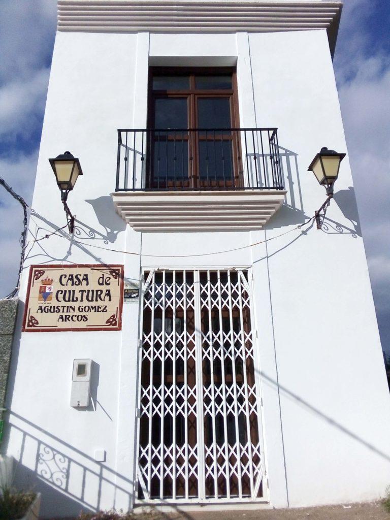 Reforma y Mejora de las Instalaciones de la Casa de la Cultura de Enix, Almería